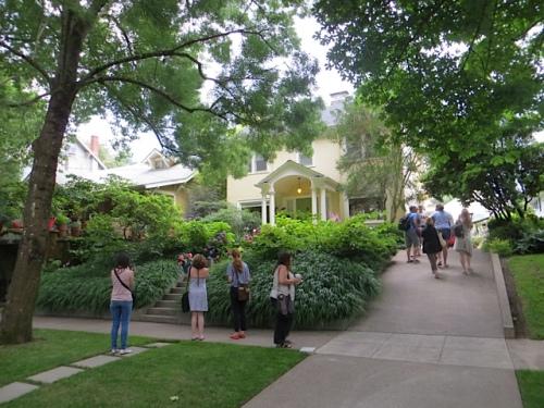 Bloggers gather below Linda's house.