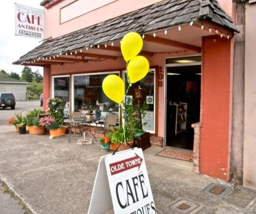 Olde Towne Café was also a participant.