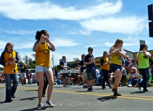 Allan's photo of Ilwaco Middle/High School marching band