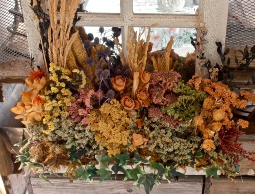 Allan's photo:  Cheryl's dried flowers