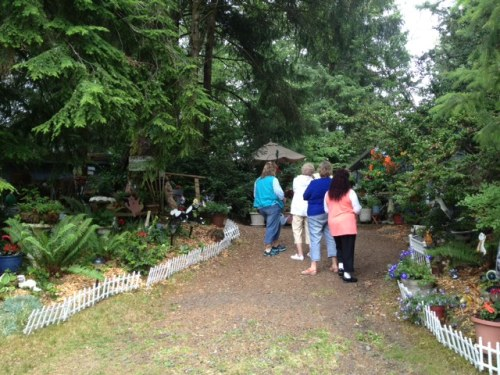 As we left, another group of tour guests were just entering Darla's garden of wonders.