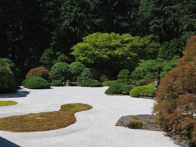 Zen garden | Tangly Cottage Gardening Journal