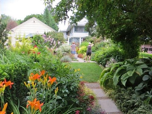 Linda's garden is an extra half lot wide and this area is to the right of the driveway.