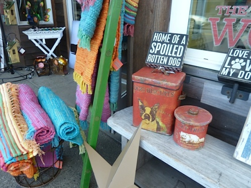 a charming display outside of the Wooden Horse gift shop