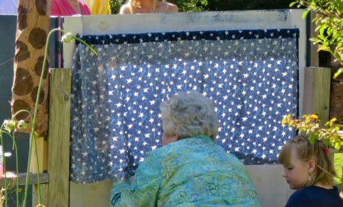 A puppet theatre was set up to entertain the little children.