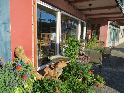 Luanne's flowers at Olde Towne Café