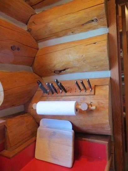 log cabin knife rack