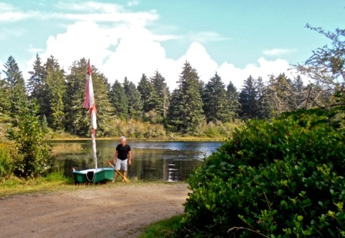 A visitor from Portland with a camper and a kayak helped carry the hull back.