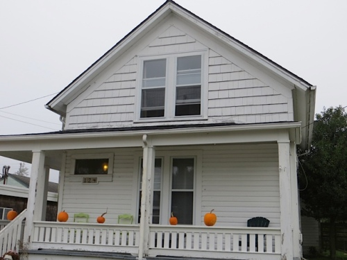 next door to the Ilwaco post office, first sign of Ilwaco's Halloween extravaganza
