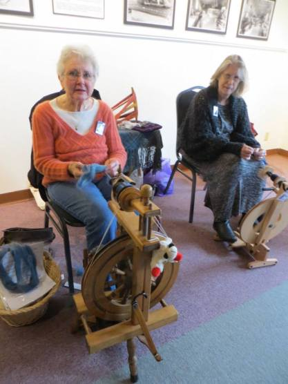 Clatsop Weavers and Spinners