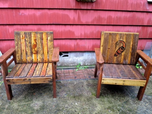 Allan's photo: pallet chairs