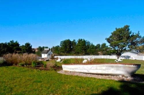 Allan's photo: boat garden before