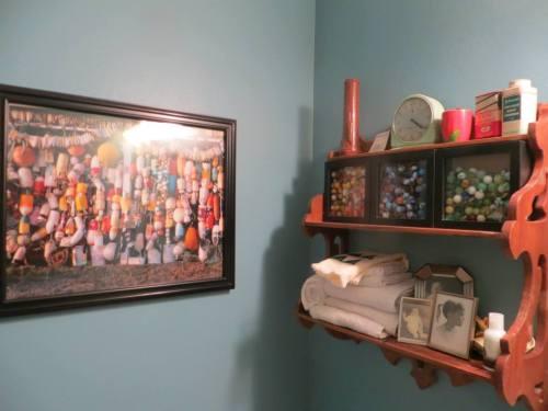 charming little shelves....