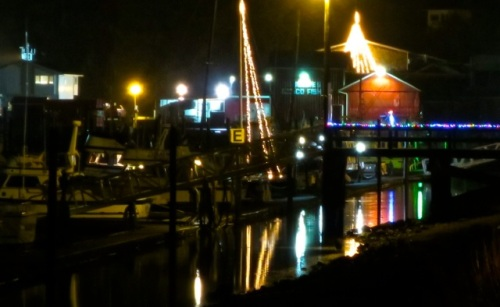 We have the Jessie's star and a sailboat mast!  (Allan's photo)