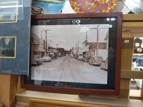 an old photo of downtown Ilwaco
