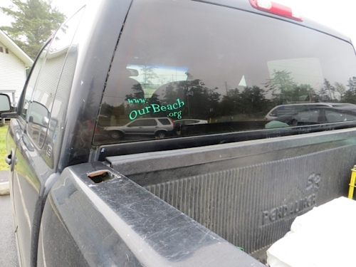 I want a sticker like this for the Grass Roots Garbage Gang website.
