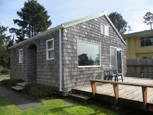 "Cottage One, ""Beachy Keen"""