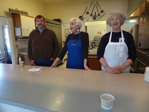 volunteer soup servers (Allan's photo)