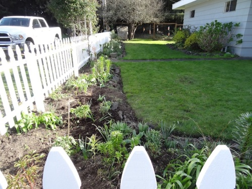 picket fence bed, after