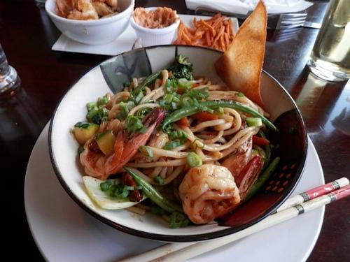 Hikkado stir fry with prawns