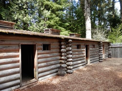 replica of the stockade of explorers Lewis and Clark