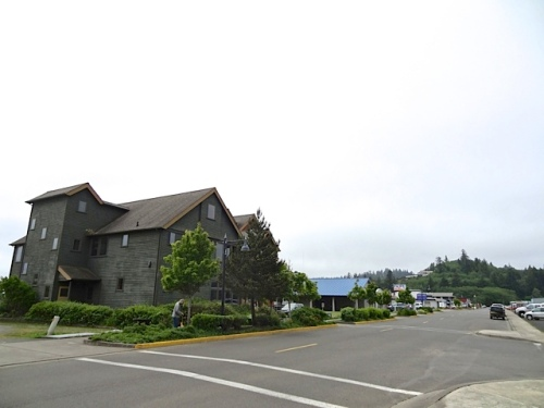 The Shorebank building and Ilwaco Pavilion