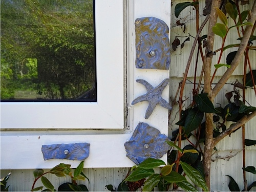 Allan's photo of Diana's artistic window trim