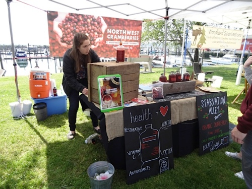 I was pleased to see that our neighbours have a booth for their organic cranberry business.