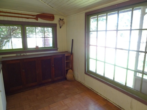 sunporch with west and north windows