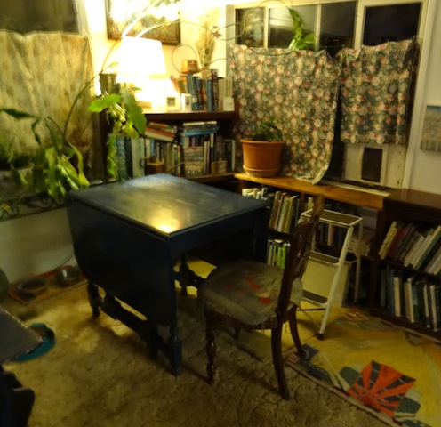 new table by the garden book nook