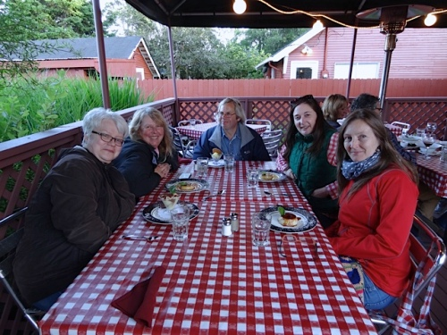our happy table: Kathleen, me, Allan, Ann, Kate