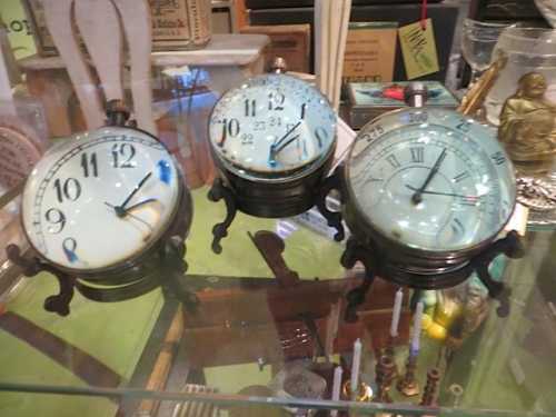 funny little clocks