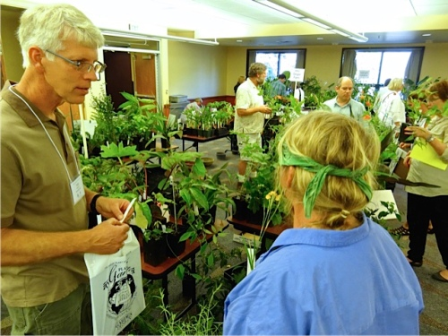 Talkin' plants with Todd (Allan's photo); or maybe telling him about my watering woes at the Port!