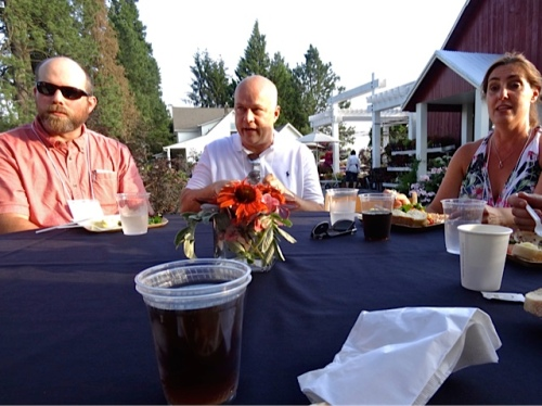 our table (Allan's photo): That's Kurt Beadell in the middle.