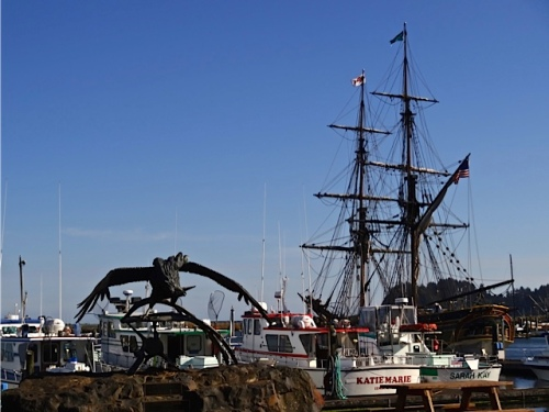 Allan's photo: the Lady Washington was in port.