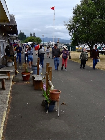 Allan's photo: not much at the market, just a few really tough vendors down at the far end.