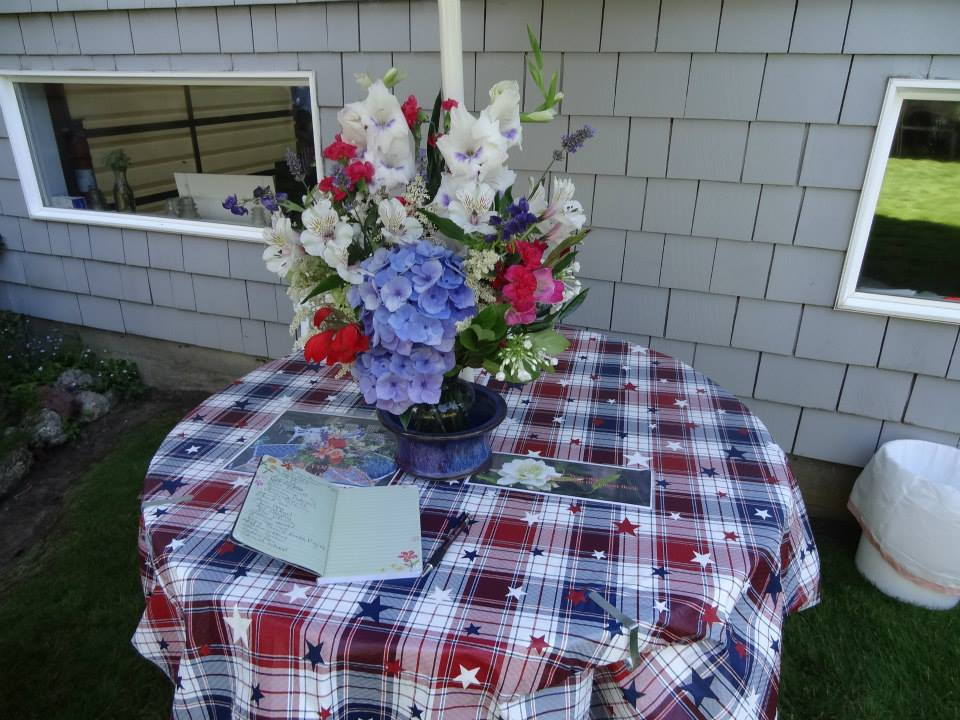 guest book and bouquet inside the front gate