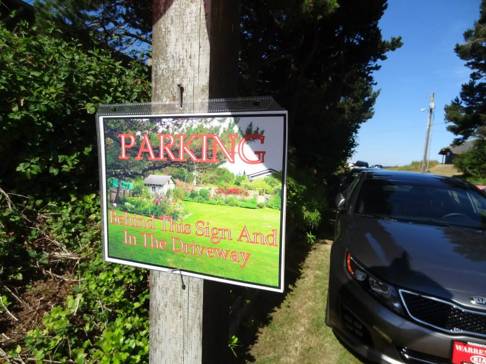 Kristine made all the beautiful signs for parking, guest book, and refreshments.
