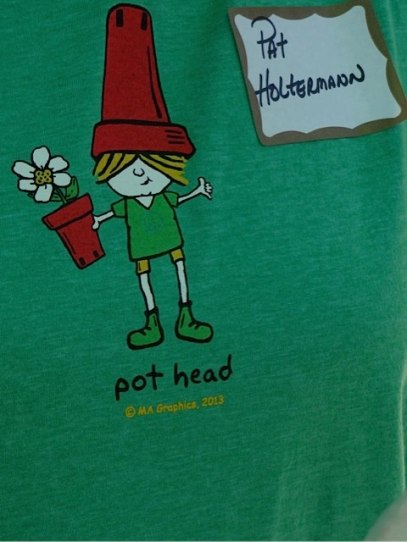 Gardener Pat's t shirt (Allan's photo)