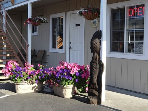 The Col-Pacific Motel's own planters