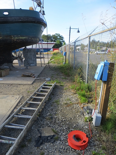 the usual obstacle course for boatyard watering