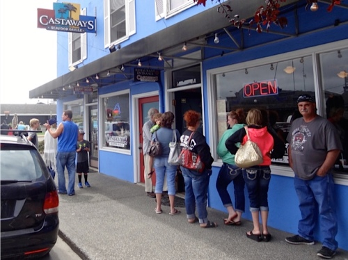 Allan's photo: so crowded in town that there was a line outside Castaways