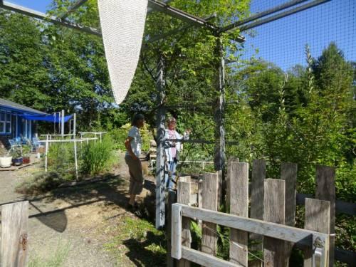 Teresa and I enter the garden (Allan's photo)