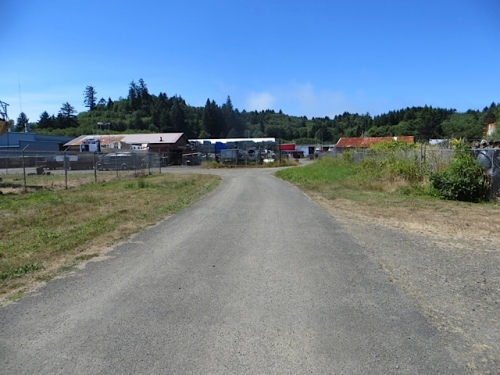 looking west; this little road is the closest thing to the Seattle alleys that I miss so much.