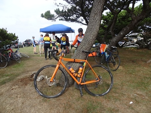When we arrived at Tolovana Park, we realized that it was the morning's destination for all those bicyclists.