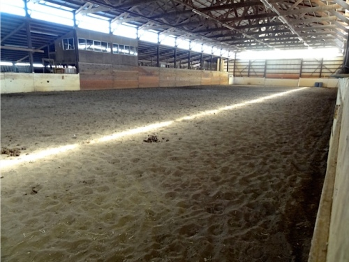the arena inside the Red Barn (Allan's photo)