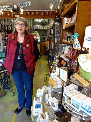 Heather Ramsay, artist and shopkeeper extraordinaire, at NIVA green.