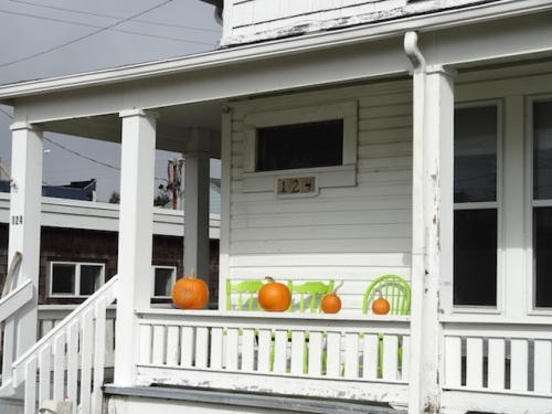 The very first sign of Halloween on Lake Street, by the Post Office