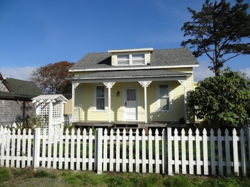 classic picket fence cottage