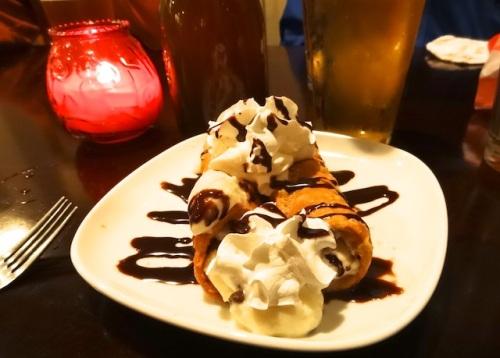 cannoli for dessert!